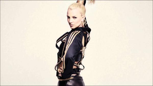 Công chúa nhạc Pop Britney Spears và hai thập kỷ làm nên lịch sử
