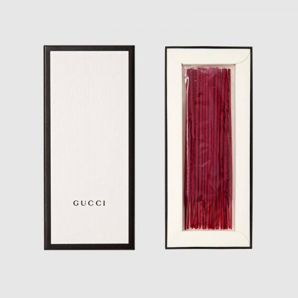 Nhang thơm Gucci giá 1,6 triệu/bó - Loại nhang dành cho người đã khuất chuộng đồ sang chảnh
