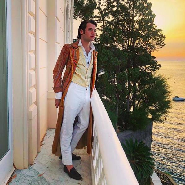 'Crazy Rich Kids': Cuộc sống thượng hạng của hai quý tử nhà tỷ phú Brant đẹp như siêu mẫu