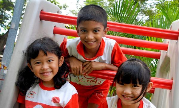Một quốc gia châu Á lọt top 3 bảng xếp hạng kỹ năng nói tiếng Anh toàn thế giới, Việt Nam tiếp tục tụt hạng