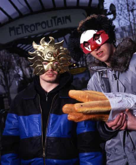 'Lộ mặt thật' 8 DJ, ca sĩ, nghệ sĩ nổi tiếng thế giới luôn đeo mặt nạ (Kỳ 1)