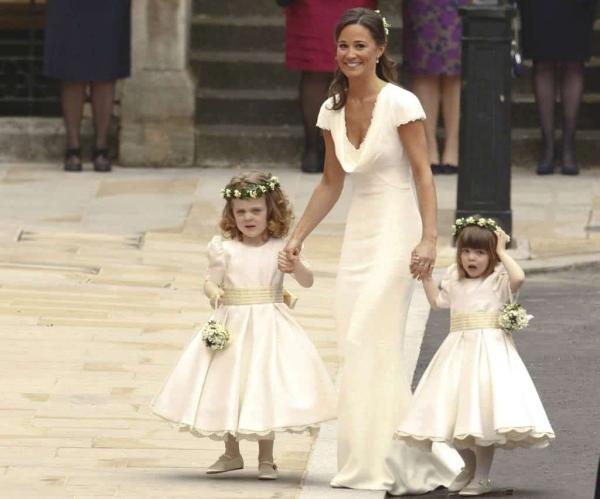 10 điều khiến cho Nữ hoàng 'chưa vừa mắt' với cháu dâu Kate Middleton