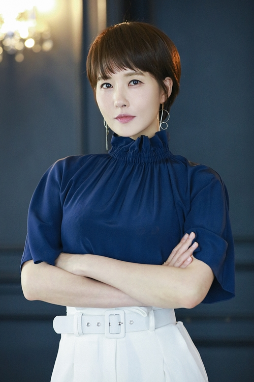 'Red Moon Blue Sun': Trẻ con và những vụ giết người bí ẩn trong phim truyền hình kinh dị đầu tiên của MBC