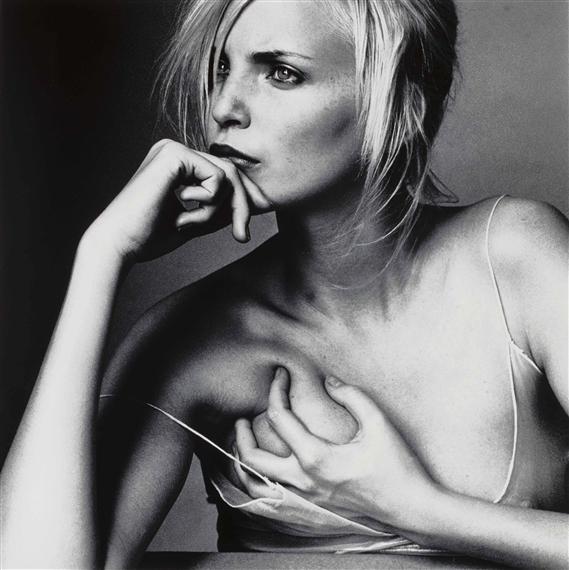 Nadja Auermann - Người mẫu sở hữu vẻ đẹp siêu thực ở thập niên 90