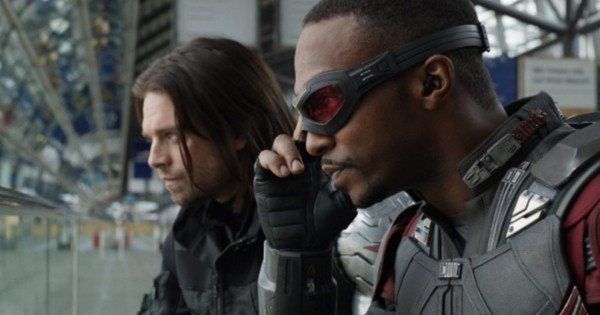 Chết cười với lý do Bucky - Falcon 'hổng ưa' Bé Nhện: 'Giọng thì the thé, tối ngày dùng gel vuốt tóc'