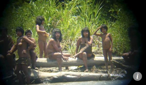 5 bộ lạc sống tách biệt với thế giới bên ngoài, đến nay vẫn còn là bí ẩn