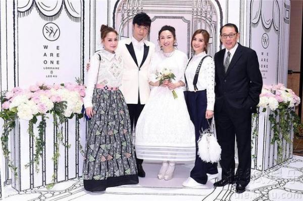 6 fangirl thành công cưới được thần tượng: Dùng cả thanh xuân theo đuổi để đổi một cái gật đầu