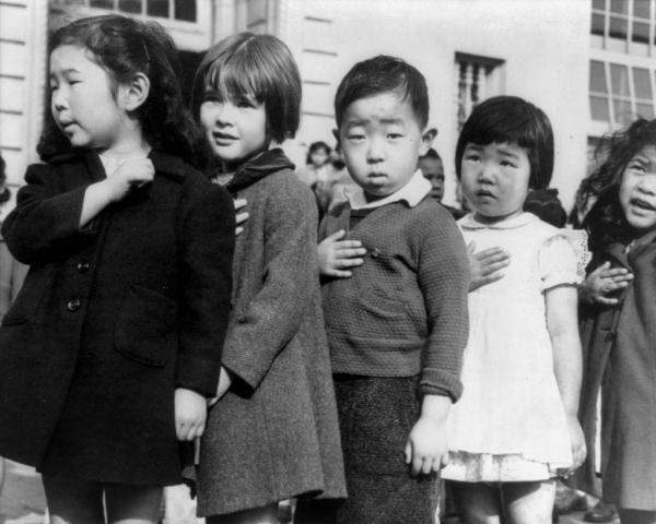 Lịch sử đau thương của người nhập cư Mỹ gốc Á: Bị lăng nhục, khinh rẻ, thậm chí là đổ máu