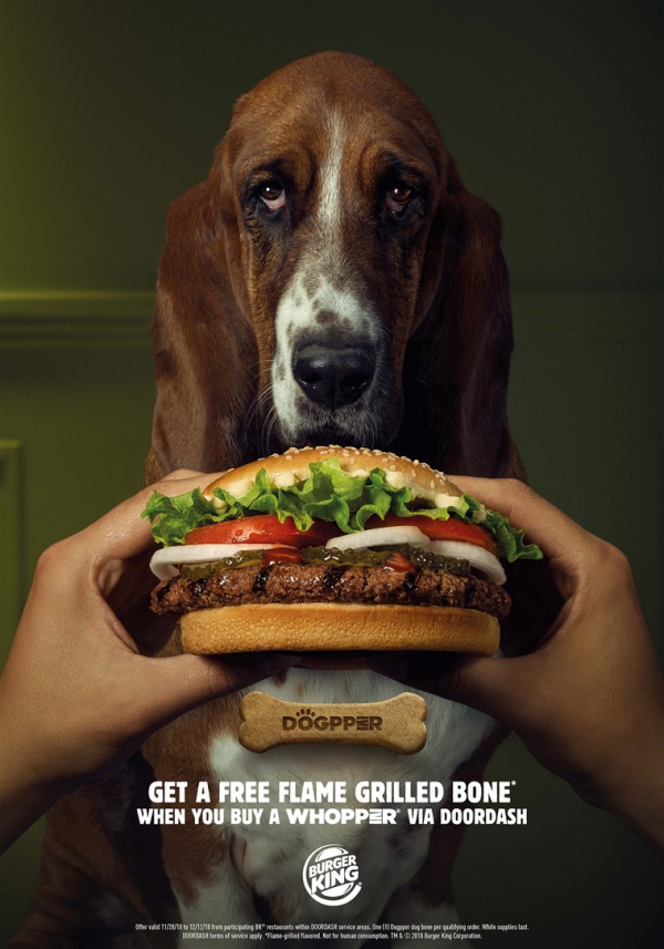 Burger King giúp các 'sen' được dùng bữa yên ổn bằng cách tung ra khẩu phần dành riêng cho chó cưng