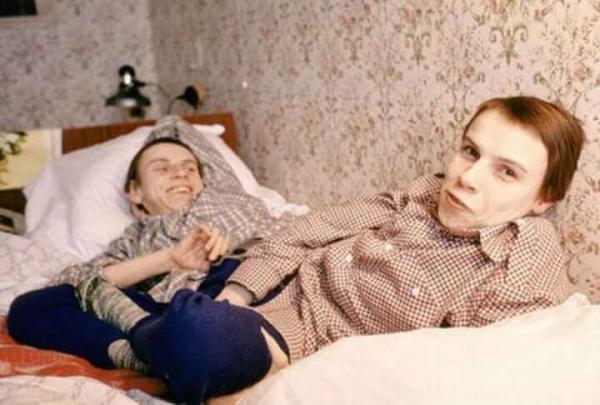 Cuộc đời bi kịch của cặp song sinh dính liền nổi tiếng nhất thế giới