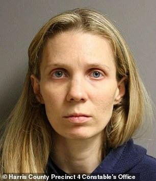 Bỏ đói và nhốt con chồng trong 'phòng của Harry Potter', mụ dì ghẻ suy sụp khi bị tuyên 28 năm tù giam