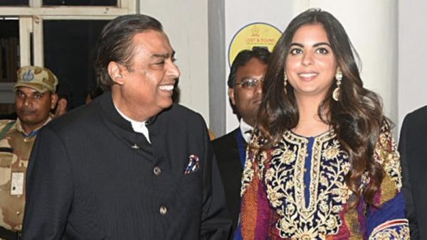 Hôn lễ con gái tỷ phú Ấn Độ có gì mà được nhận xét là đám cưới lớn nhất, xa hoa nhất thế giới?