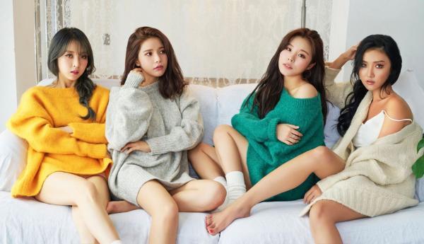 Bảo vệ Hwasa sau sự cố trang phục, Moonbyul (Mamamoo) bảo anti-fan hãy chuẩn bị nhận 'nghiệp' đi