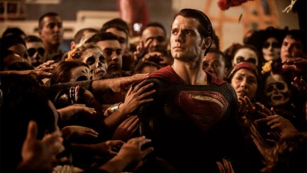 Anh em đạo diễn 'Avengers' chia sẻ những khó khăn khi làm phim về Superman