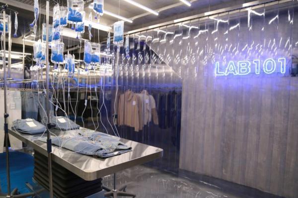 Cửa hàng đồ jeans Hàn Quốc và cách bán hàng không người quản 24h vô cùng độc đáo