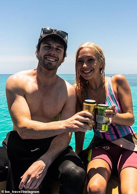 Trúng thưởng chuyến du lịch hạng sang, cô gái bỏ bạn trai ở nhà để đi chơi cùng người lạ