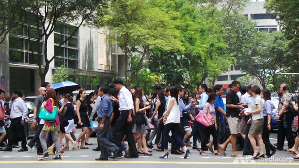Văn hóa làm việc của 'con rồng châu Á' Singapore: Nếu có thời gian, hãy dành nó cho công việc
