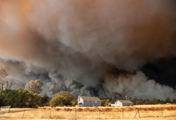 Những khoảnh khắc kinh hoàng về hậu quả của biến đổi khí hậu toàn cầu năm 2018