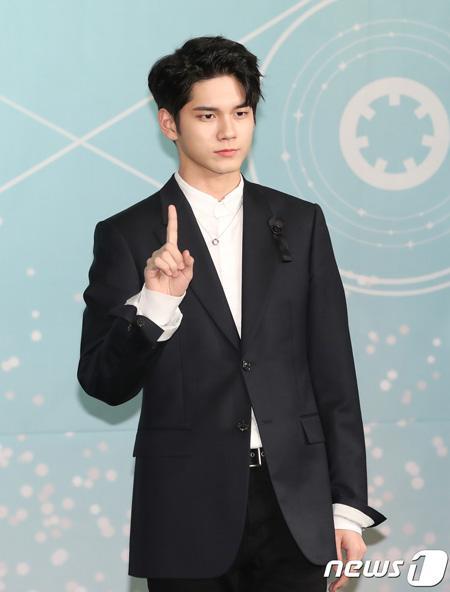 Yonhap News xác nhận con đường tương lai của 11 thành viên sau khi Wanna One tan rã
