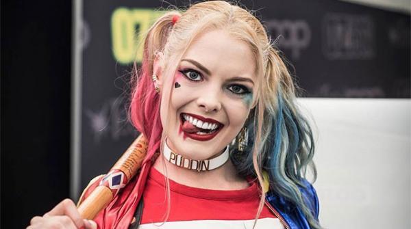 Nàng 'Harley Quinn' chính thức hóa thân thành búp bê Barbie trong bản điện ảnh chuyển thể