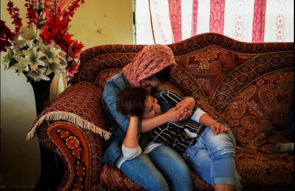 Đau lòng những bé gái Afghanistan phải giả trai để 'đổi đời'