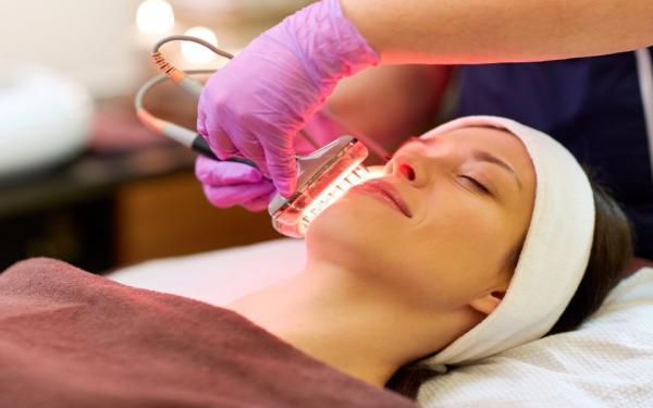 10 phương pháp skin-care các chuyên gia da liễu khuyên bạn không nên 'tin sái cổ'