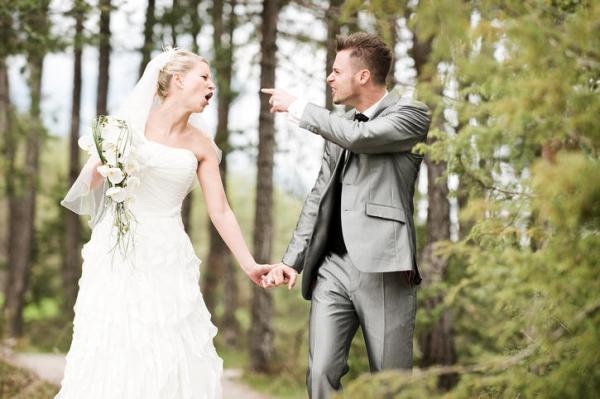 8 dấu hiệu cho thấy một cuộc hôn nhân sẽ sớm tan vỡ theo lời các thợ chụp ảnh cưới