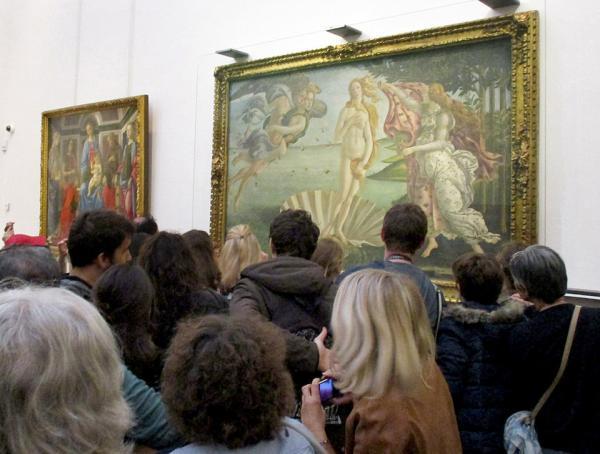 Các tác phẩm nghệ thuật nổi tiếng ở bên ngoài liệu có 'lung linh' như chúng ta tưởng tượng?