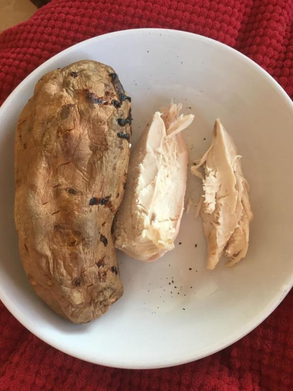 Tuyệt phẩm từ các 'đầu bếp' nghiệp dư khiến bạn bỗng dưng ghét cay ghét đắng thịt gà