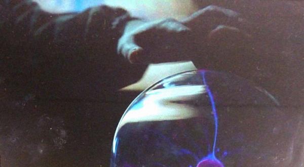 Chuỗi xui xẻo với Huawei khi lại bị 1 nghệ sĩ tố cáo 'đạo' MV thành clip quảng cáo
