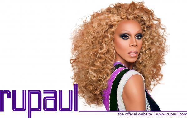 Nhan sắc Plastique Tiara - 'Nàng' drag queen gốc Việt đang gây sốt trong show RuPaul's Drag Race