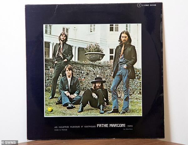 Chuyện chưa kể: Đĩa đơn Hey Jude của The Beatles từng bị cấm phát hành vì mang tính 'khiêu dâm'