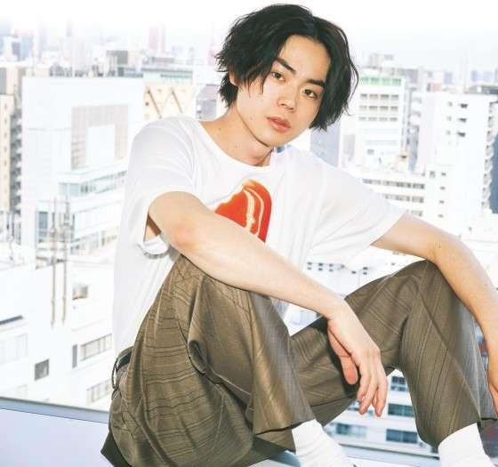 Ngắm loạt ảnh 'khi xưa ta bé' hiếm có khó tìm của các 49 mỹ nam hàng đầu showbiz Nhật