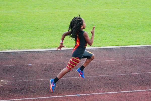 'Tia chớp' mới 7 tuổi đã lập kỷ lục chạy 100m nhanh nhất thế giới