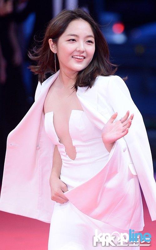Những thiên thần nhí Hàn Quốc gây sốt một thời giờ đã dậy thì ra sao?