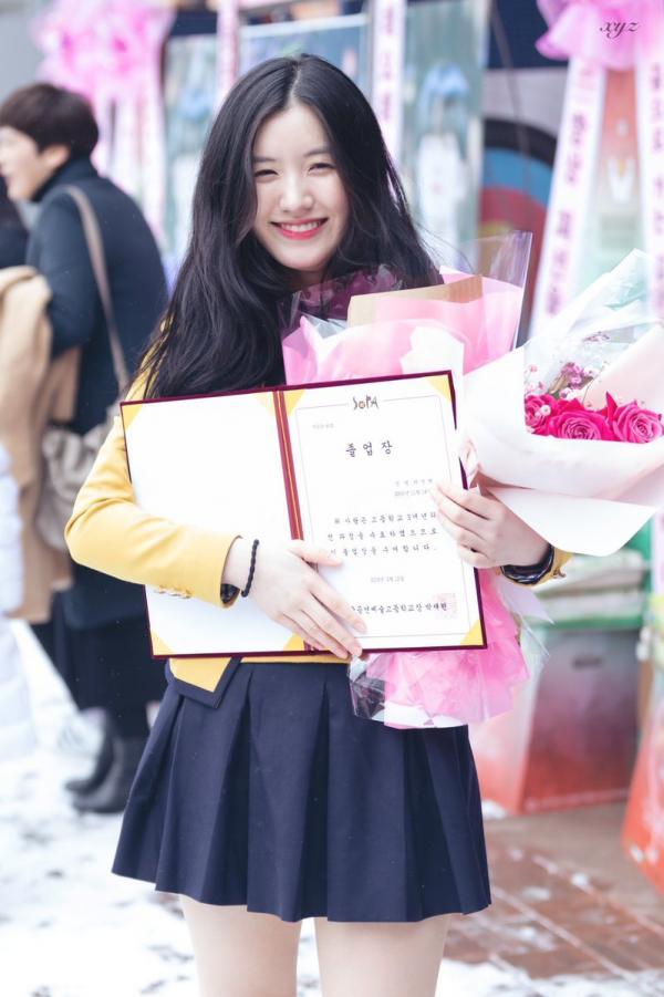 Từng là 'công chúa Pledis' nhưng cách Pristin Xiyeon bị đối xử bất công gần đây khiến fan xót xa
