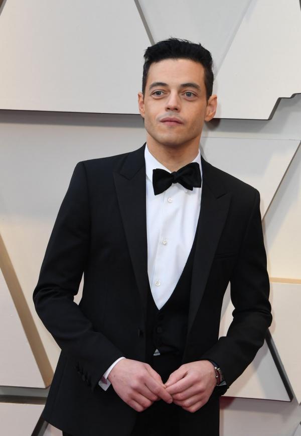 Rami Malek: 'Chú bé' được cả Oscar cưng chiều, nơ bị lệch bao nhiêu người đòi chỉnh giùm cho