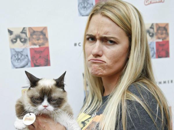 Thú cưng chính là 'tấm gương soi' của chủ, nên hãy tự nhìn lại bản thân nếu mèo nhà bạn xấu tính