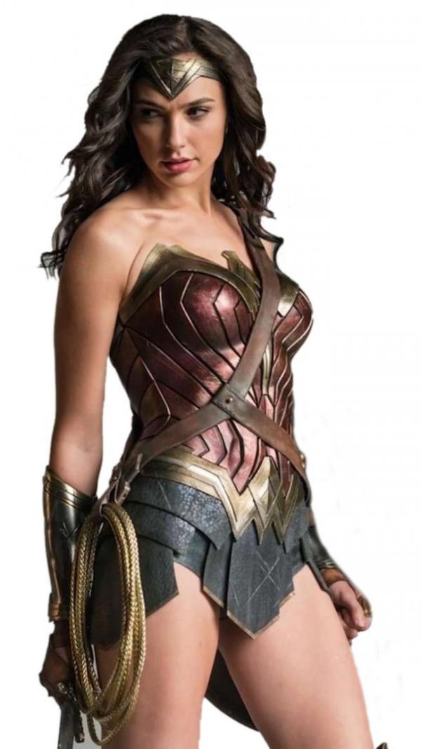 Captain Marvel & Wonder Woman – 'Đại chiến' nữ quyền trong đế chế siêu anh hùng Hollywood