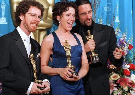 Cặp vợ chồng 'bá đạo' nhất Hollywood Frances McDormand & Joel Coen: Một lần gặp gỡ, nên duyên trọn đời