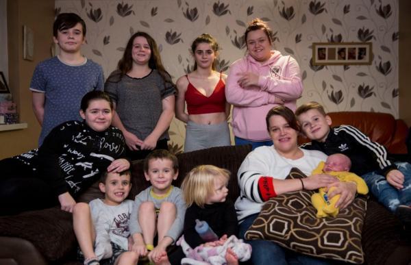 Bà mẹ trẻ kiên quyết không sử dụng bao cao su dù đã sinh đến đứa thứ... 10