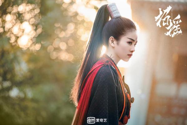 Trước 'Chiêu Diêu' Hứa Khải - Bạch Lộc từng bị đồn hẹn hò, xem cảnh hậu trường càng đáng nghi hơn