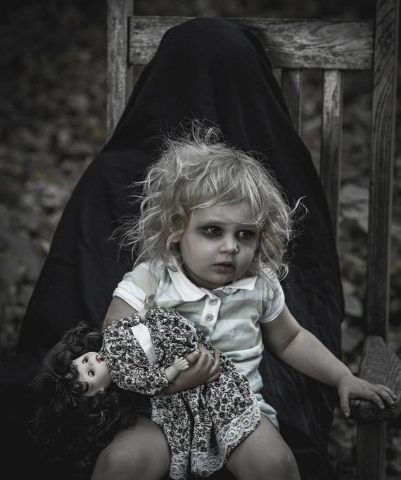 Sởn da gà với những câu chuyện kinh dị xuất phát từ trẻ con mà không ai có thể lý giải
