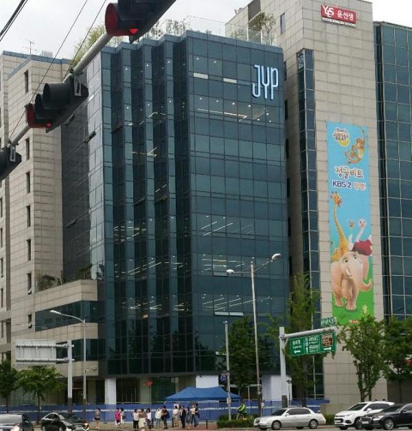 JYP có phải là công ty giải trí tốt nhất hiện nay ở Hàn Quốc?