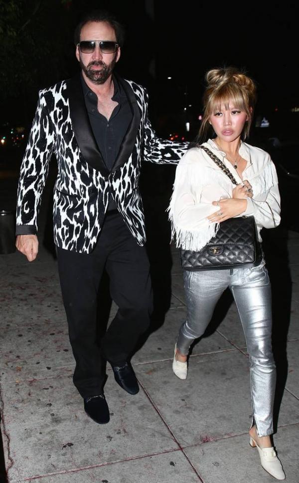 Nicolas Cage nộp đơn ly dị vợ trẻ chỉ sau... 4 ngày kết hôn