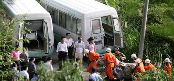 Những nghề nghiệp đặc biệt chỉ có ở Nhật: Dọn dẹp thi thể người tự sát, kẻ được thuê để đi săn tình