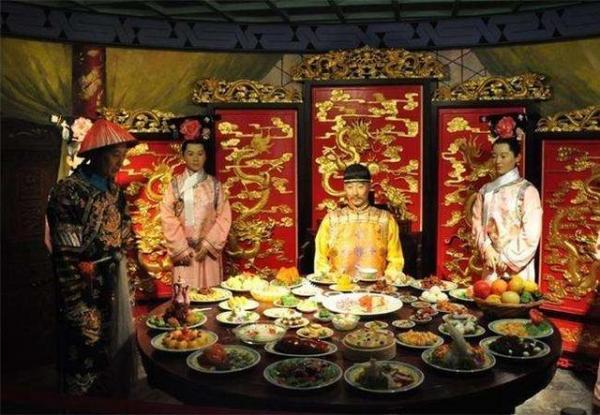 Lịch sử triều nhà Thanh: Một ngày của Hoàng Đế trôi qua như thế nào?