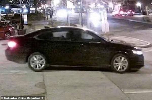 Tưởng tài xế Uber tới, nữ sinh viên lên nhầm xe của kẻ giết người và bị sát hại dã man