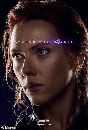 Poster phim 'Avengers: Endgame' bị chỉ trích vì mặt các nhân vật nữ... quá đẹp?