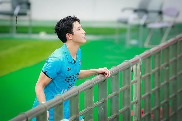 Jeong Seung Won: 'Nam thần sân cỏ' thế hệ mới của bóng đá Hàn Quốc